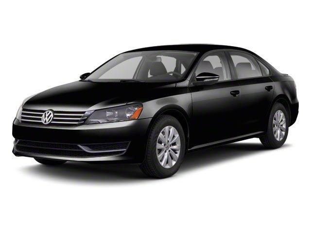 2012 Volkswagen Passat SE w/Sunroof & Nav